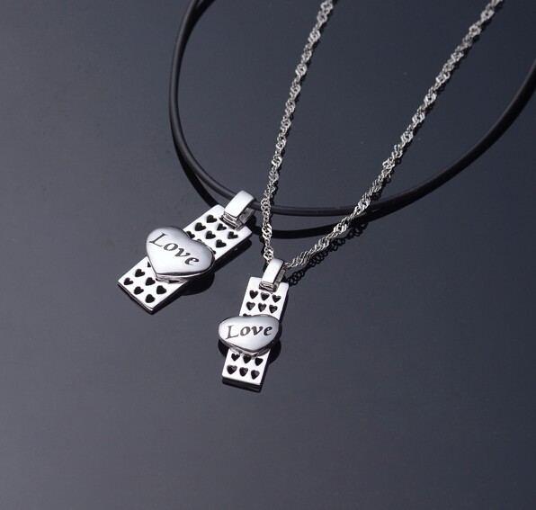 Platinierte Platte Und Halsketten Aus Sterlingsilber Des Liebesherzliebhabers (Preis Für Ein Paar)