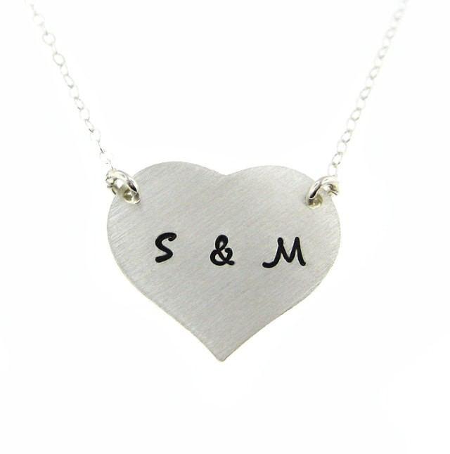 Zwei Anfängliche Herzförmige Personalisierte Halskette Aus Sterlingsilber