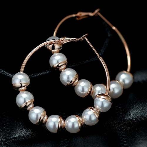 Schicke Handgefertigte Perlenohrringe Für Damen
