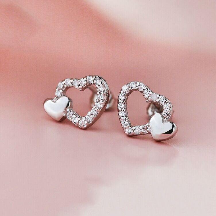 Süße Hohle Herzförmige 925Er Silbermode-Temperamentohrringe